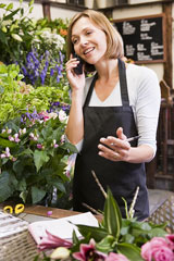 florist discussing a flower delivery order
